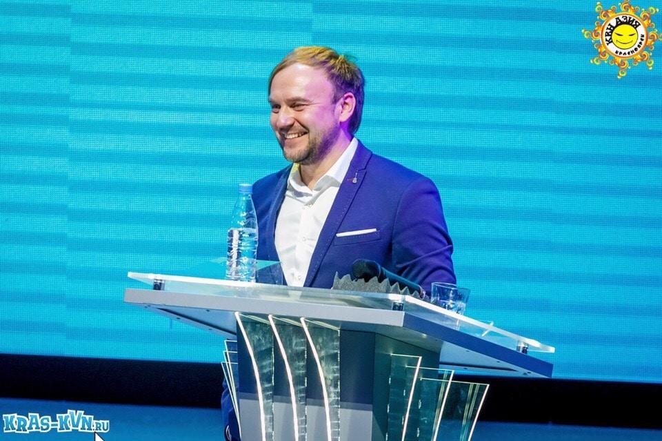 Александр Белов Ведущий Центральной лиги КВН «Азия»